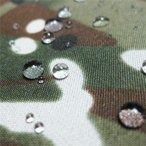 تفلون 100 ٪ البوليستر المنسوجة للماء في الهواء الطلق العسكرية التمويه المطر سترة النسيج